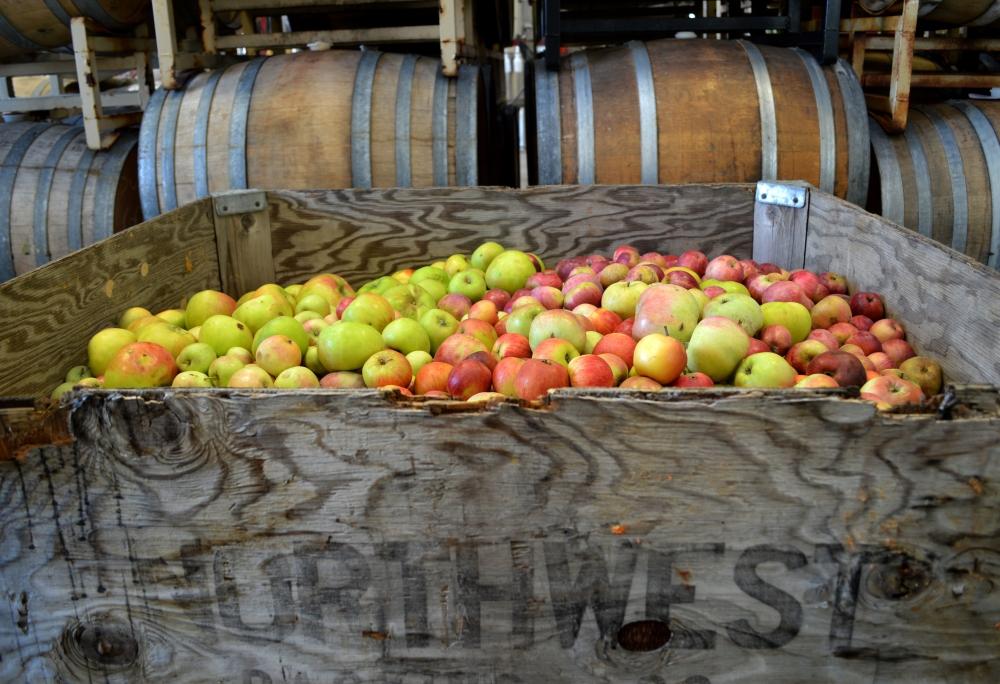 2Towns - Northwest Apples